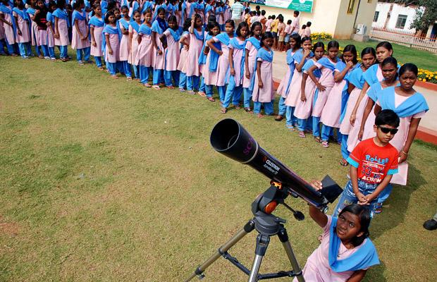indiatelescopeclips8.jpg